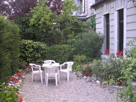 Visite de la villa clotilde for Les jardins de la villa porte maillot